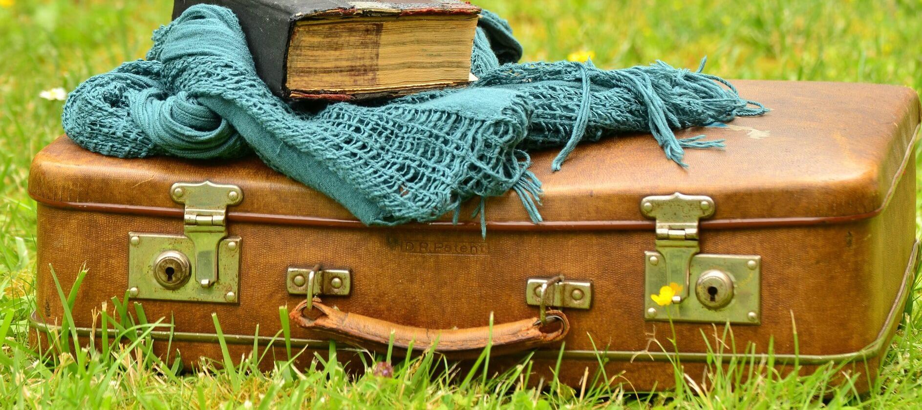pahapilli-kohver-logiraamatuga-saaremaa